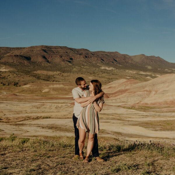 Presley & Eric // Sunshine at Painted Hills